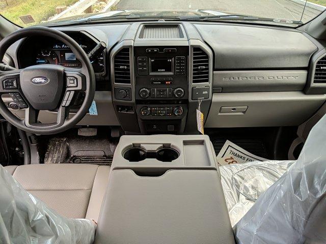 2019 F-450 Super Cab DRW 4x4, Reading Classic II Aluminum  Service Body #N8657 - photo 4