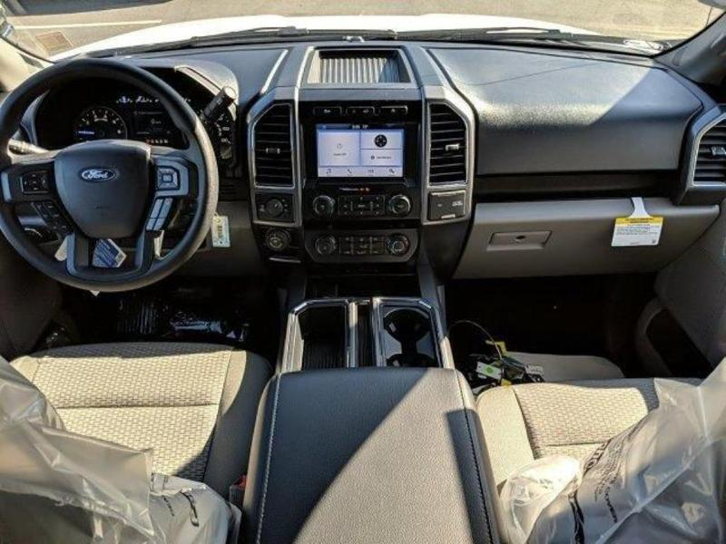 2019 F-150 SuperCrew Cab 4x4, Pickup #N8682 - photo 4