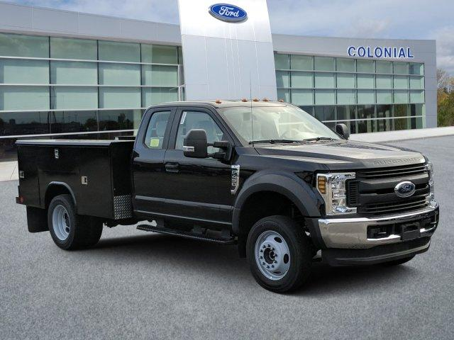 2019 Ford F-450 Super Cab DRW 4x4, Reading Service Body #N8689 - photo 1