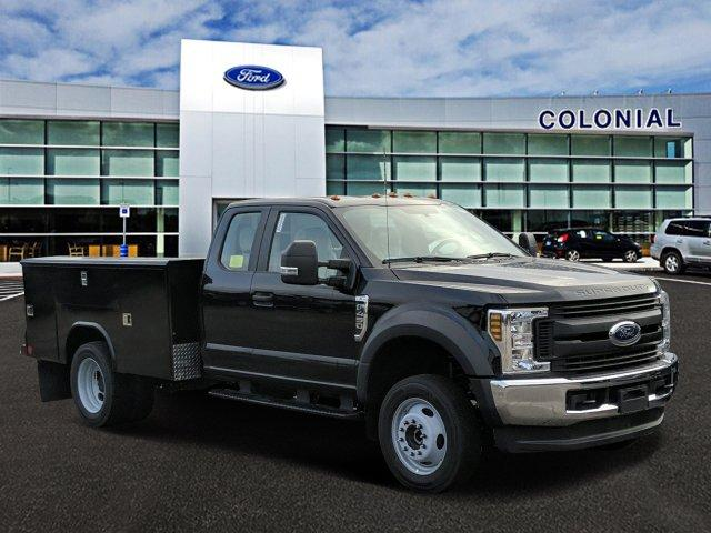 2019 F-450 Super Cab DRW 4x4, Reading Classic II Aluminum  Service Body #N8689 - photo 1