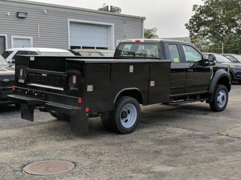 2019 F-450 Super Cab DRW 4x4, Reading Classic II Aluminum  Service Body #N8689 - photo 2