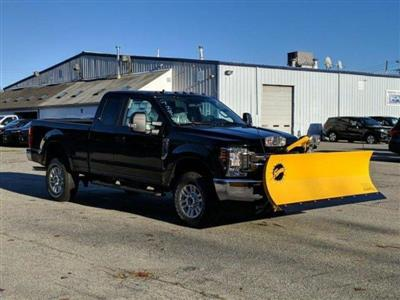 2019 F-250 Super Cab 4x4, Fisher Snowplow Pickup #N8718 - photo 3