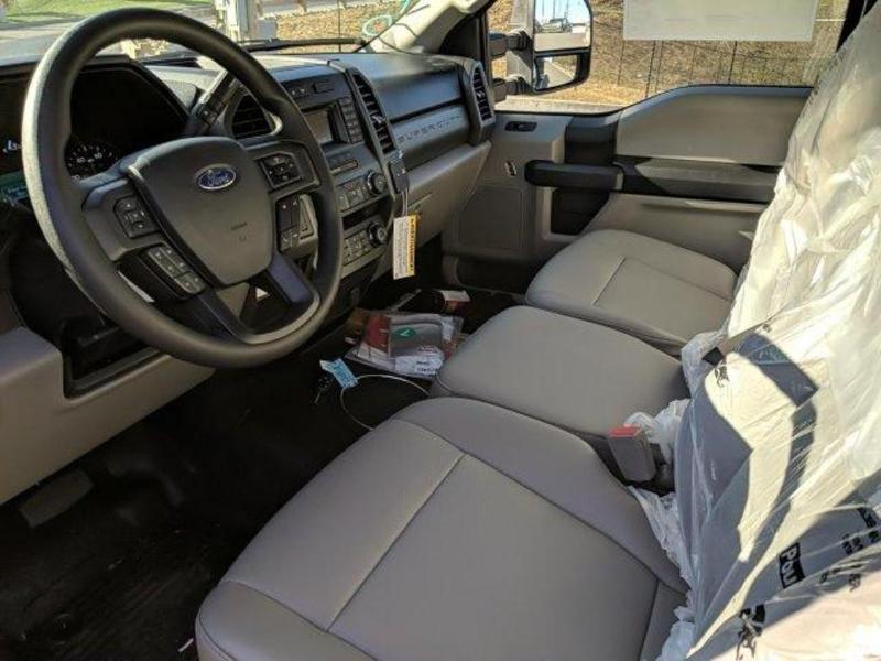 2019 F-550 Regular Cab DRW 4x4, Switch N Go Drop Box Hooklift Body #N8784 - photo 34