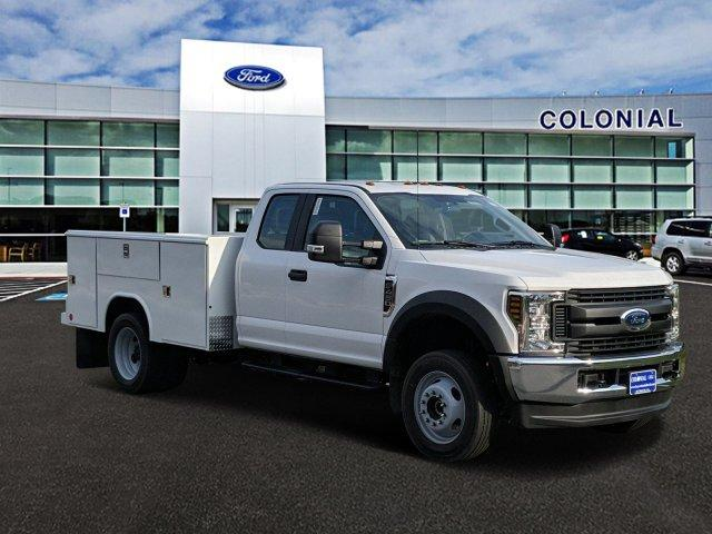 2019 Ford F-450 Super Cab DRW 4x4, Reading Classic II Steel Service Body #N8786 - photo 9