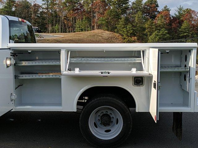 2019 Ford F-450 Super Cab DRW 4x4, Reading Classic II Steel Service Body #N8786 - photo 10