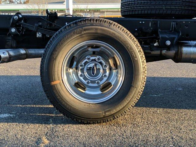 2019 F-350 Regular Cab DRW 4x4, Cab Chassis #N8807 - photo 5