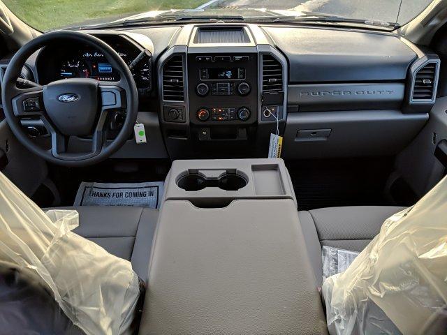 2019 F-550 Super Cab DRW 4x4, Reading Panel Service Body #N8809 - photo 4