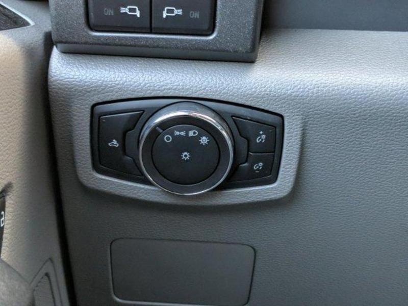 2019 F-550 Super Cab DRW 4x4, Reading Panel Service Body #N8809 - photo 28