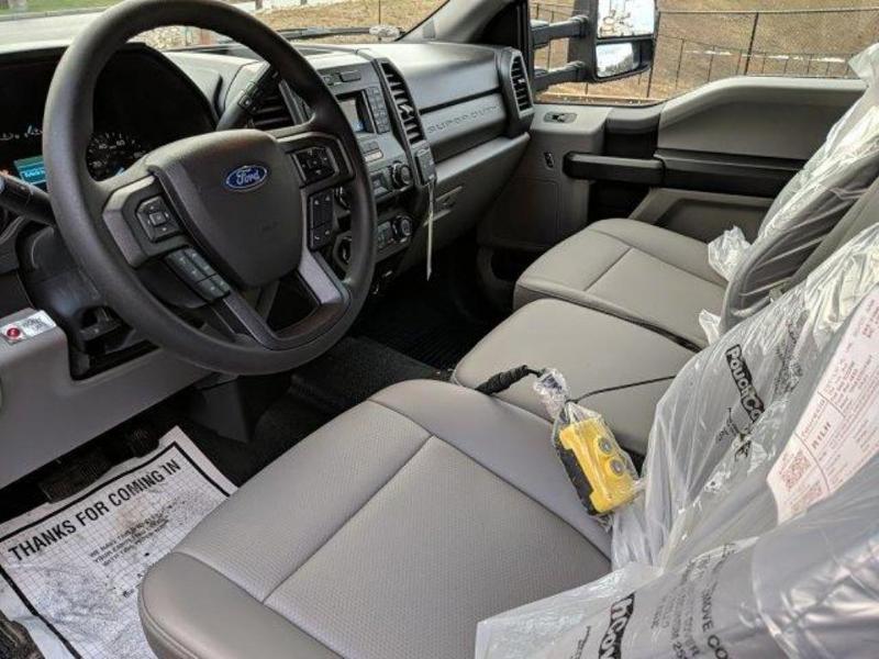 2019 F-550 Super Cab DRW 4x4, Reading Marauder Dump Body #N8852 - photo 17