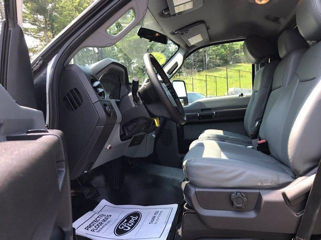 2016 Ford F-550 Regular Cab DRW 4x4, Landscape Dump #N8908A - photo 11