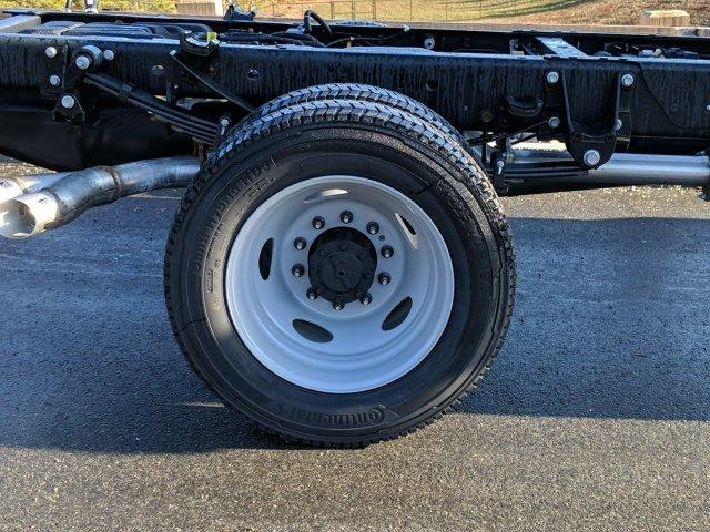 2019 F-550 Regular Cab DRW 4x4, Cab Chassis #N8912 - photo 5