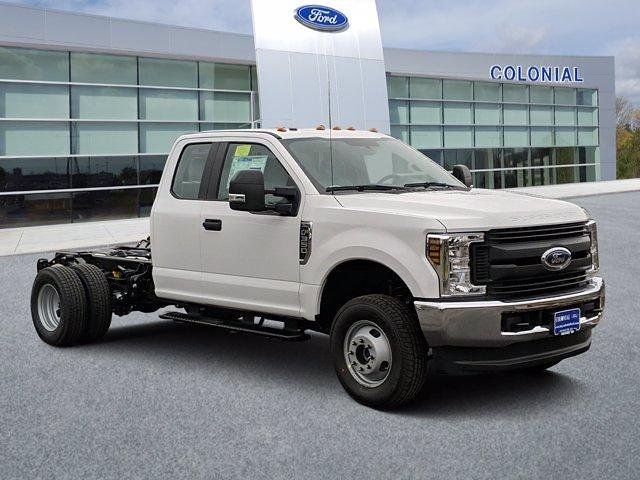 2019 Ford F-350 Super Cab DRW 4x4, Cab Chassis #N9008 - photo 1