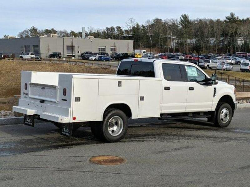 2020 Ford F-350 Crew Cab DRW 4x4, Reading Service Body #N9111 - photo 1