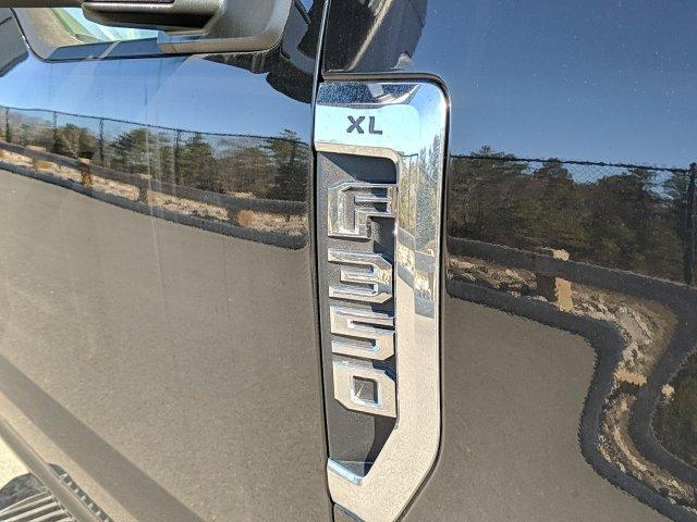 2020 Ford F-350 Regular Cab DRW 4x4, Reading Marauder Dump Body #N9188 - photo 3
