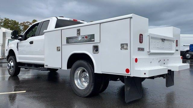 2020 Ford F-350 Super Cab DRW 4x4, Reading Service Body #N9358 - photo 6