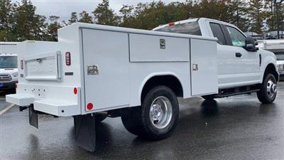 2020 Ford F-350 Super Cab DRW 4x4, Reading Service Body #N9358 - photo 2
