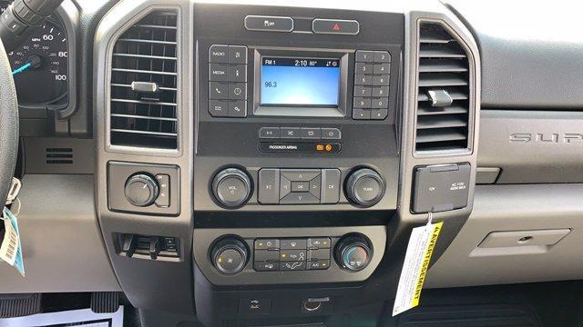 2020 Ford F-350 Super Cab DRW 4x4, Reading Service Body #N9359 - photo 16