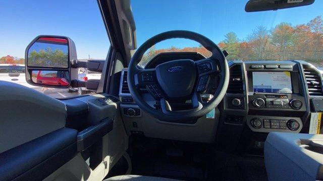 2020 Ford F-450 Crew Cab DRW 4x4, Reading Classic II Aluminum  Service Body #N9539 - photo 12