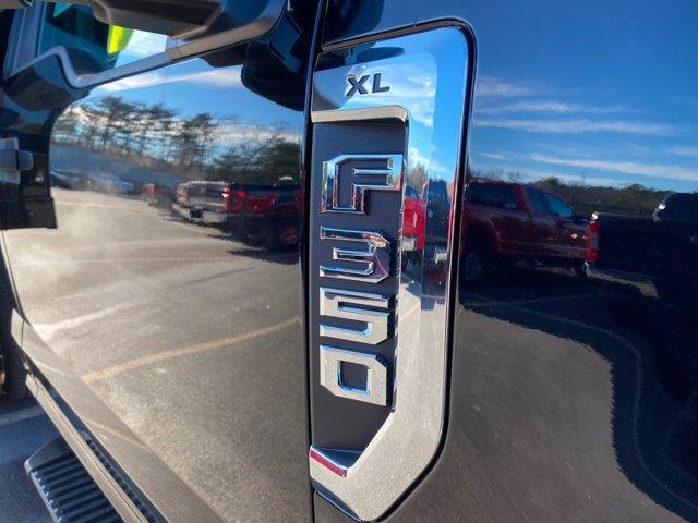 2020 Ford F-350 Regular Cab DRW 4x4, Rugby Landscape Dump #N9740 - photo 8