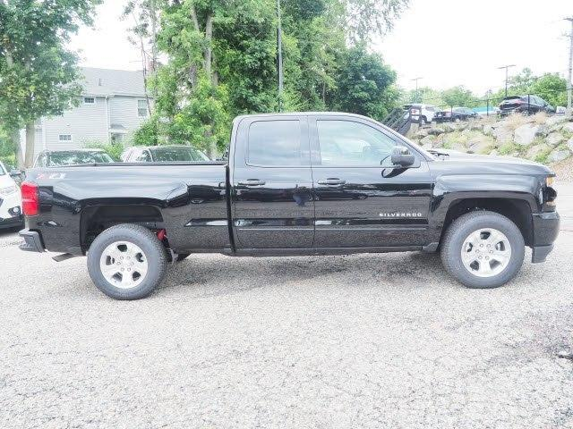 2018 Silverado 1500 Double Cab 4x4,  Pickup #81420 - photo 5