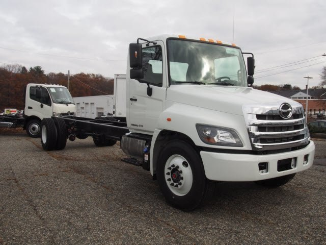 2018 Hino Truck, Cab Chassis #85003 - photo 1