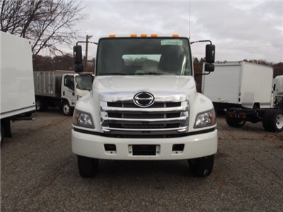 2018 Hino Truck, Cab Chassis #85003 - photo 4