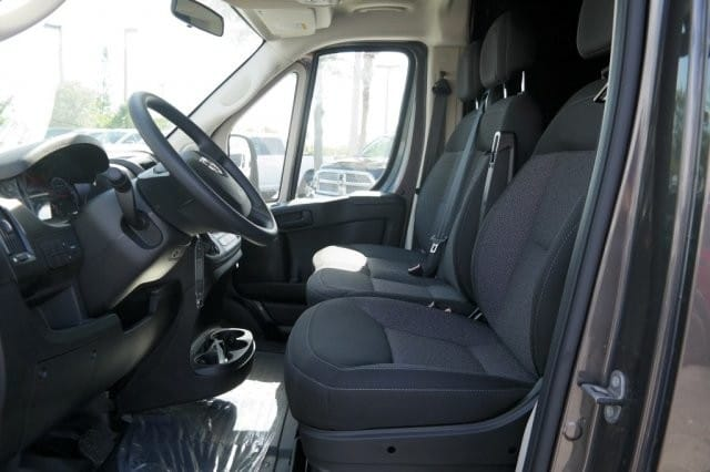 2018 ProMaster 2500 High Roof 4x2,  Empty Cargo Van #18PM109044 - photo 8