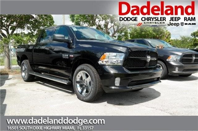 2018 Ram 1500 Crew Cab 4x2,  Pickup #18R131912 - photo 1