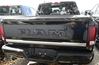 2018 Ram 1500 Crew Cab 4x4,  Pickup #18R178100 - photo 5