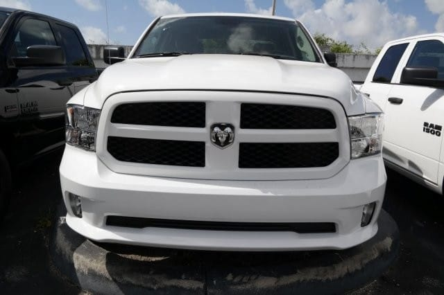 2018 Ram 1500 Crew Cab 4x4,  Pickup #18R295676 - photo 2