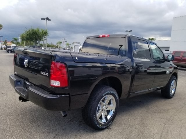 2018 Ram 1500 Crew Cab 4x4,  Pickup #18R297457 - photo 2