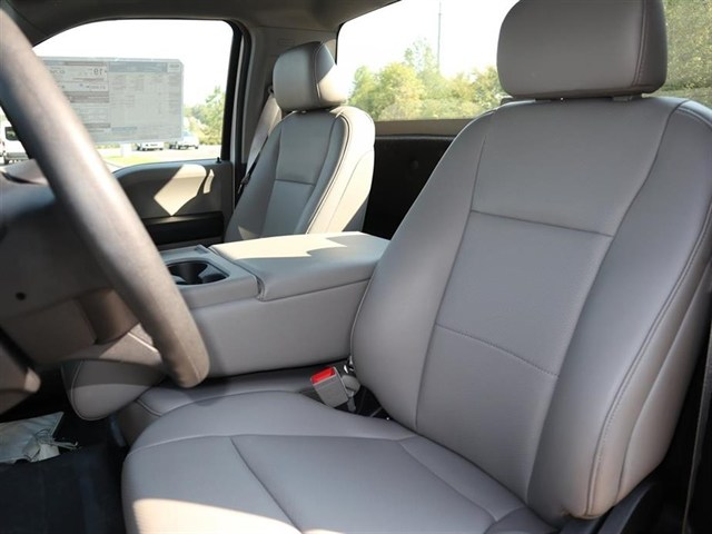 2018 F-150 Regular Cab 4x2,  Pickup #18T1563 - photo 6