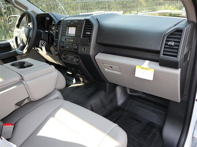 2018 F-150 Regular Cab 4x2,  Pickup #18T1571 - photo 5