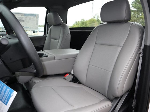 2018 F-150 Regular Cab 4x2,  Pickup #18T1581 - photo 5