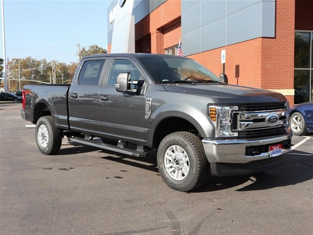 2019 F-250 Crew Cab 4x4,  Pickup #19T0141 - photo 2