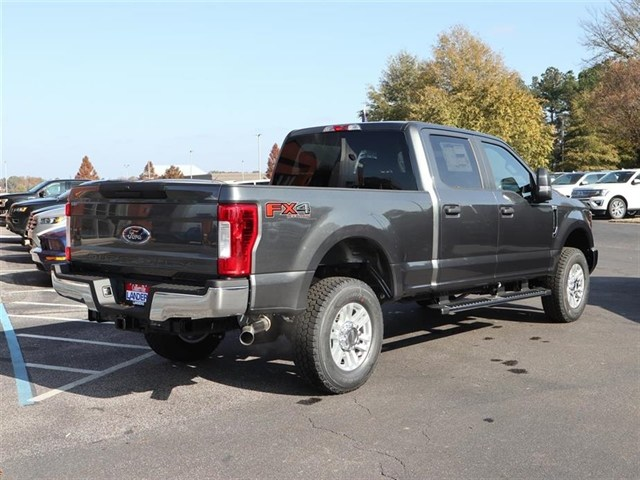 2019 F-250 Crew Cab 4x4,  Pickup #19T0141 - photo 3