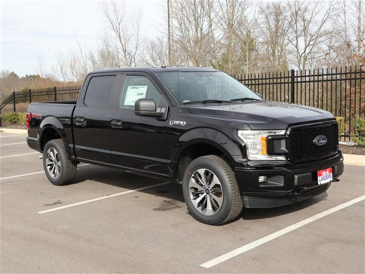 2019 F-150 SuperCrew Cab 4x4,  Pickup #19T0589 - photo 3