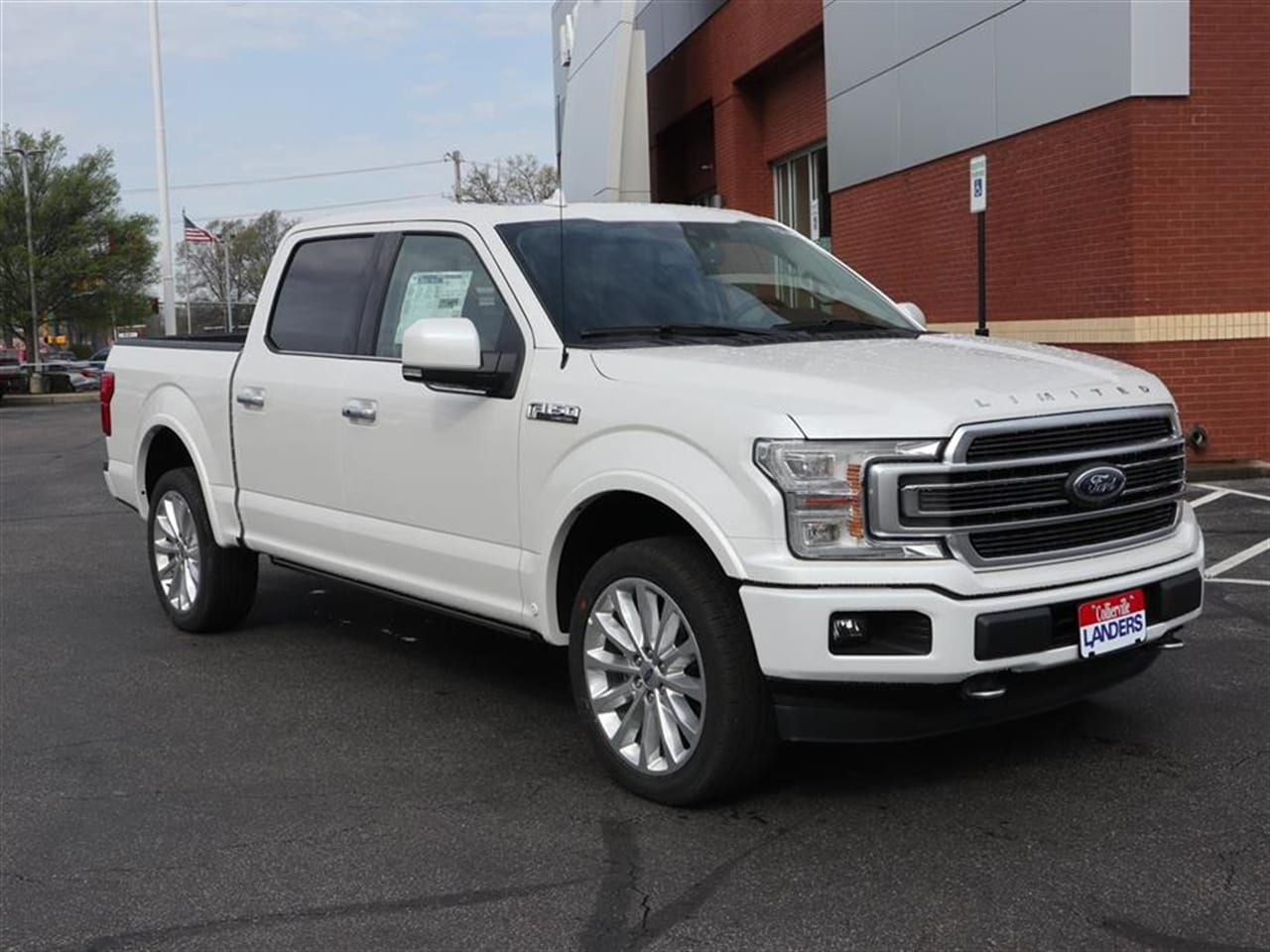 2019 F-150 SuperCrew Cab 4x4,  Pickup #19T0646 - photo 3