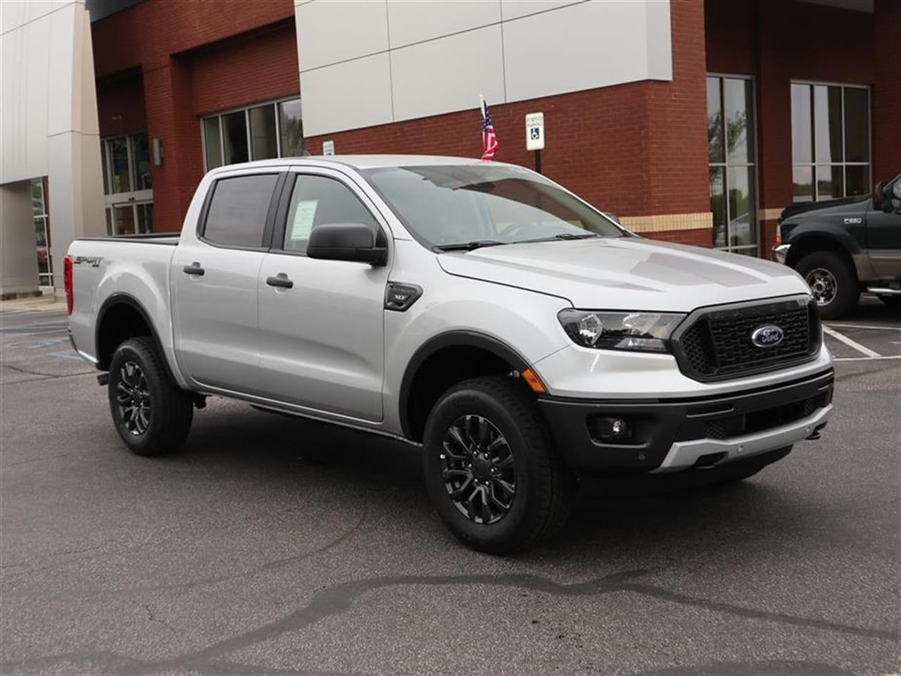 2019 Ranger SuperCrew Cab 4x4,  Pickup #19T0673 - photo 3