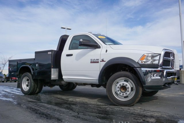 2017 Ram 5500 Regular Cab DRW 4x2,  Knapheide Hauler Body #28734D - photo 4