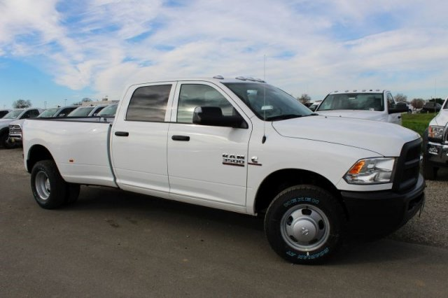2018 Ram 3500 Crew Cab DRW 4x2,  Pickup #50909D - photo 3