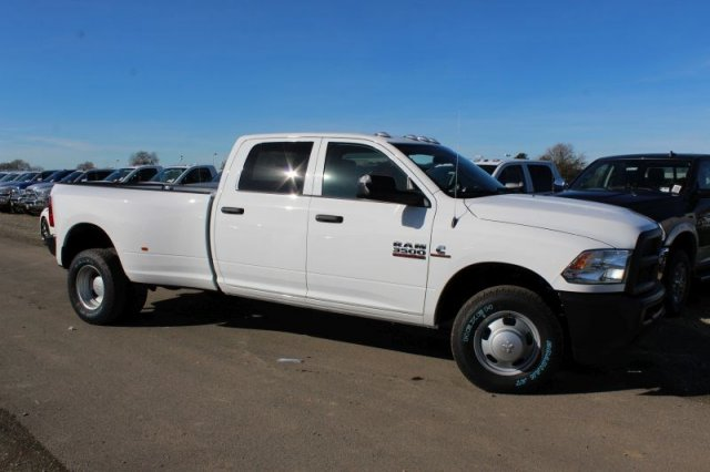 2018 Ram 3500 Crew Cab DRW 4x2,  Pickup #50918D - photo 3