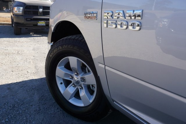 2018 Ram 1500 Crew Cab 4x2,  Pickup #53745D - photo 5