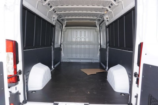 2018 ProMaster 2500 High Roof FWD,  Empty Cargo Van #54451D - photo 2