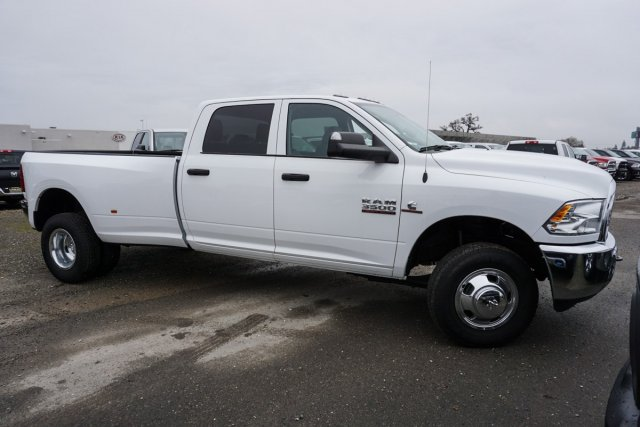 2018 Ram 3500 Crew Cab DRW 4x4,  Pickup #54955D - photo 3