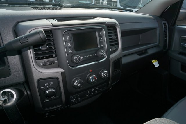 2018 Ram 5500 Regular Cab DRW 4x4,  Cab Chassis #55926D - photo 10