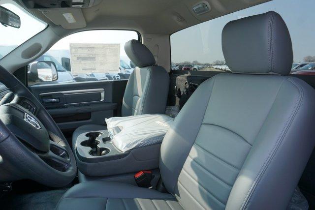 2018 Ram 5500 Regular Cab DRW 4x4,  Cab Chassis #55926D - photo 11