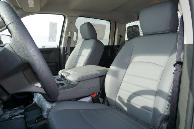 2018 Ram 3500 Crew Cab DRW 4x2,  Royal Contractor Body #56208D - photo 13