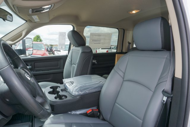 2019 Ram 3500 Crew Cab DRW 4x2,  Scelzi Signature Service Body #56386D - photo 14