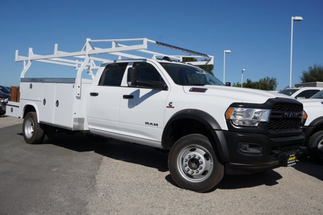 2019 Ram 5500 Crew Cab DRW 4x2, Royal Combo Body #56456D - photo 1